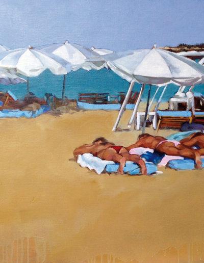 Sur la plage ensoleillée..